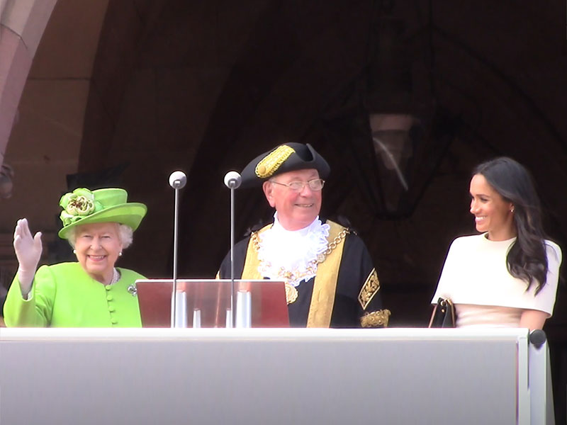 Queen and Meghan visit Chester